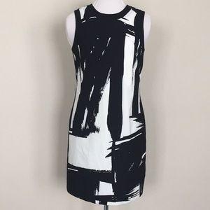 Banana Republic black and white shift dress